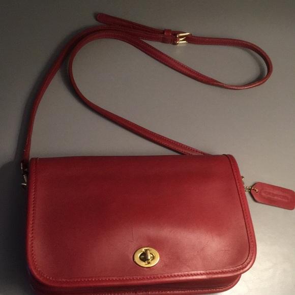 Coach Vintage Penny Pocket Crossbody Bag 9755 ❤️🍁